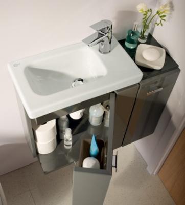 Mini lavabo con mobiletto salvaspazio Connect Space Ideal Standard