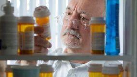 Armadietti e scatole per conservare ordinatamente e in sicurezza le medicine