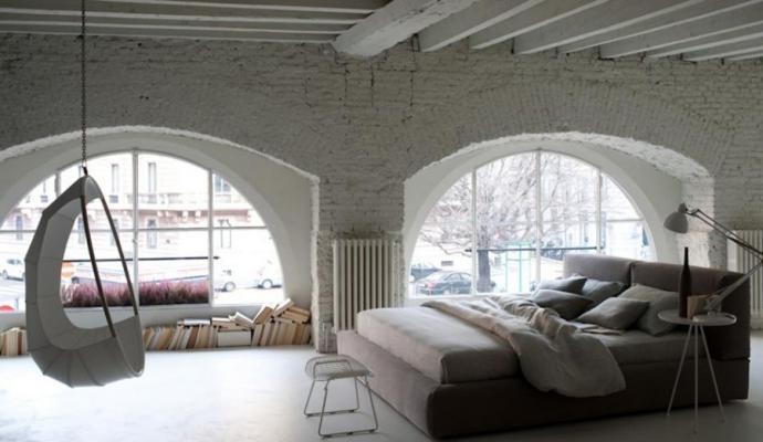 Camera soppalcata con letto imbottito, produzione Ivano Redaelli