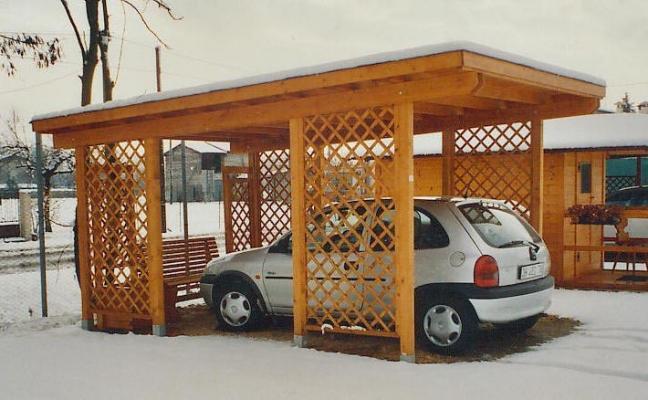 Strutture a pensilina per auto for Due progetti di garage per auto