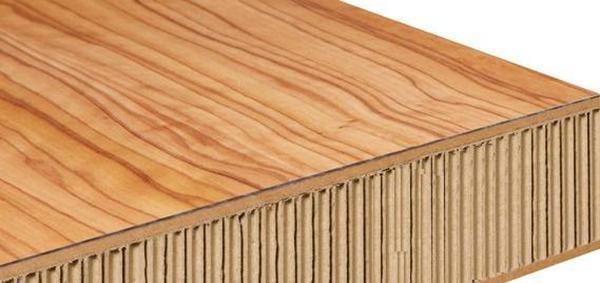 Pannello legno tamburato dell'azienda Lamicolors.