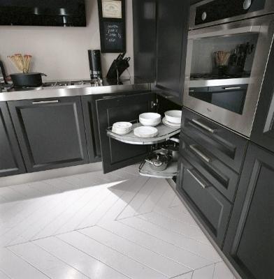 Cucina a doppio angolo progetto - Furgone attrezzato con cucina ...