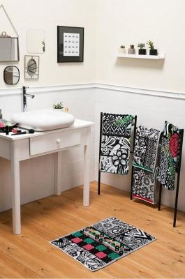 Set tappetino da bagno di Desigual