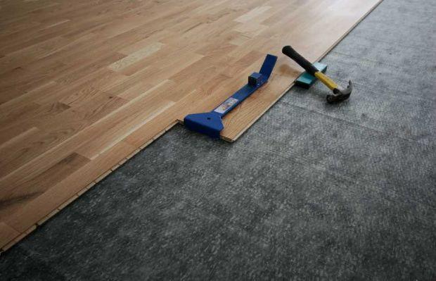 Isolamento acustico in casa: pavimento flottante