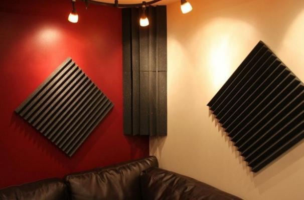 Trattamento acustico pannelli e bass trap poliuretanici di Masacoustics