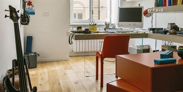 Fabulous mobili per mansarde home office con tavolo air di lago with mobili per mansarde for Mobili per mansarde ikea
