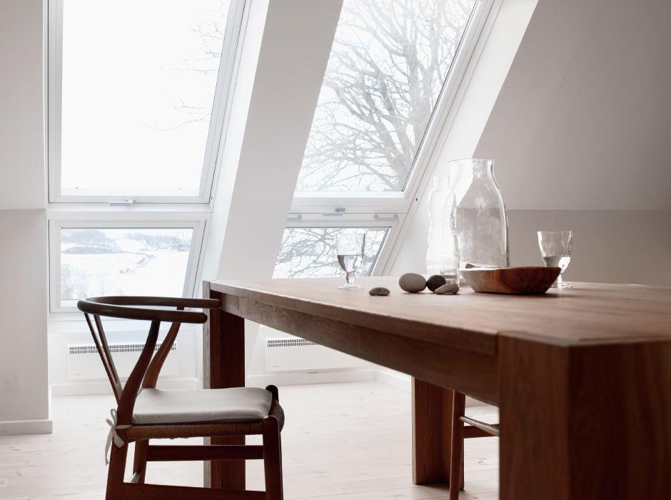Foto abbaino e finestra per tetti le differenze for Velux finestre balcone