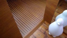 Pavimenti in parquet prefinito di legno massello