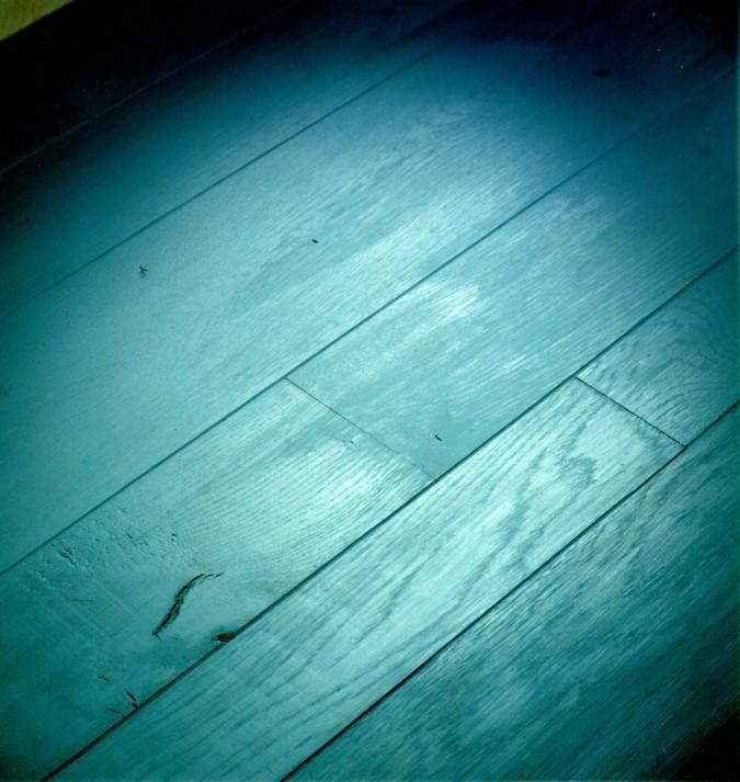 Parquet di Paral verniciato di azzurro