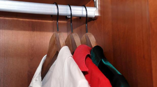 Trasportare gli abiti durante un trasloco