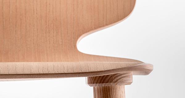 Particolare della sedia salvaspazio Babila di Pedrali