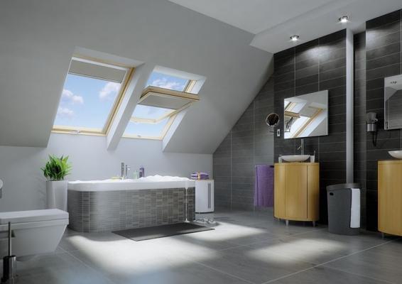 Bagno in mansarda con finestre Fakro