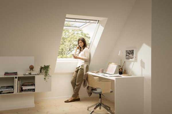Finestre per tetto: tende e tapparelle