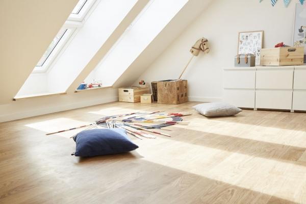 Finestre da tetto quali infissi scegliere per la mansarda for Velux tetto in legno