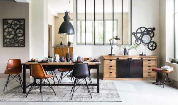 Ambientazione e complementi metallici stile industriale di Maisons du Monde