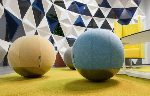Sgabello Boullee a sfera di Materia