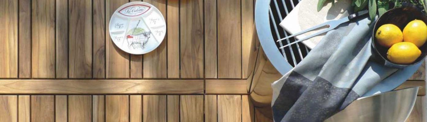 Pavimento in legno da esterno dell'azienda Onlywood
