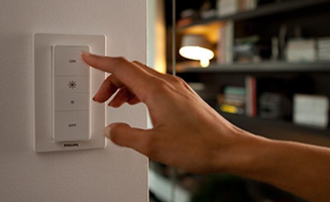 Interruttore intelligente Philips Hue dimmer switch