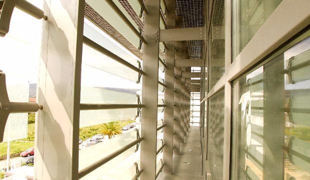 Frangisole metra in alluminio