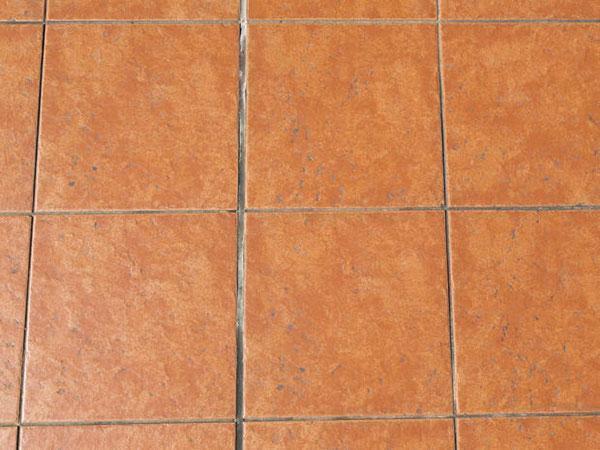 Fughe per pavimenti scelta del colore stuccatura e ripristino