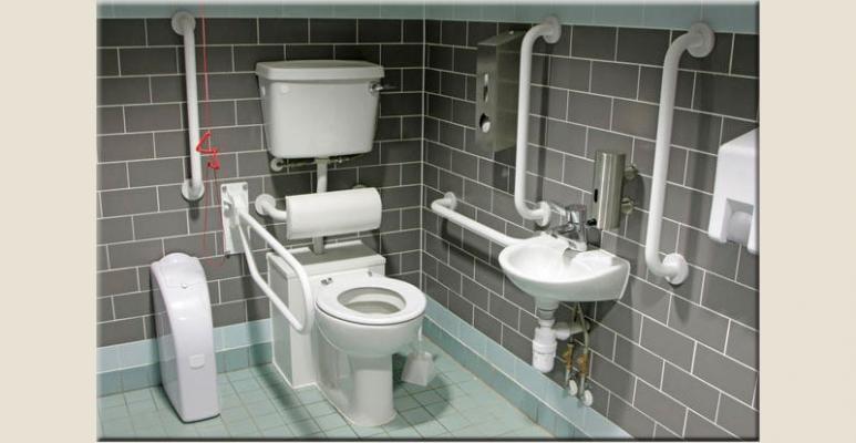 Fughe per pavimenti scelta del colore stuccatura e - Come pulire le piastrelle del bagno ...
