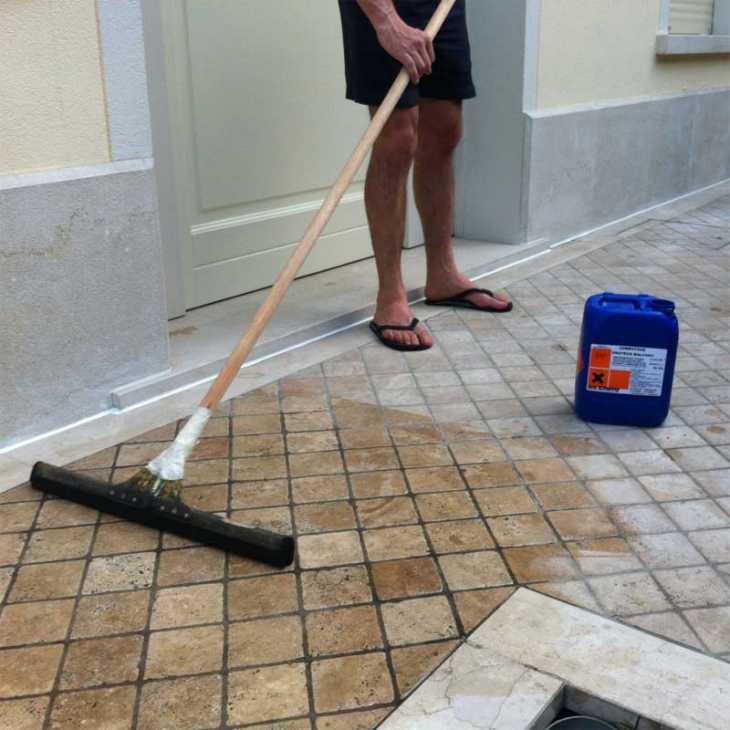 Impermeabilizzante trasparente:come impermeabilizzare un terrazzo pavimentato, by Azichem S.r.l.