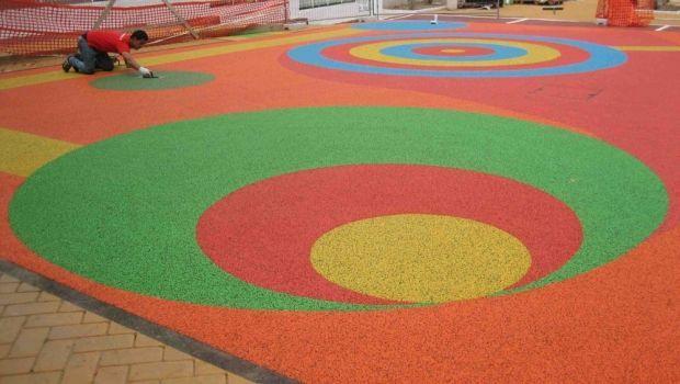 Caratteristiche e tipologie di pavimentazioni antitrauma da interno ed esterno
