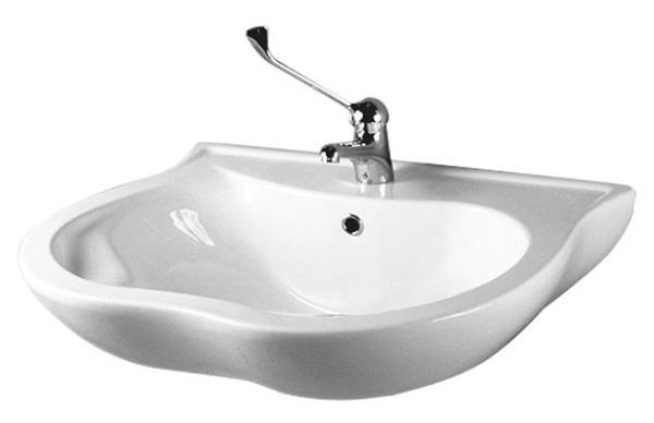 Rifare il bagno: lavabo in porcellana con poggiagomiti di Ponte Giulio
