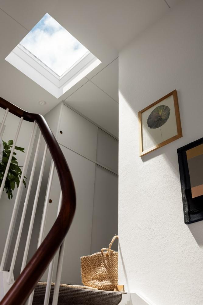 Illuminare con finestre da tetto piano