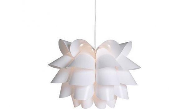 Soggiorno, camera da letto, cucina: per ogni ambiente le nostre proposte di lampadari moderni