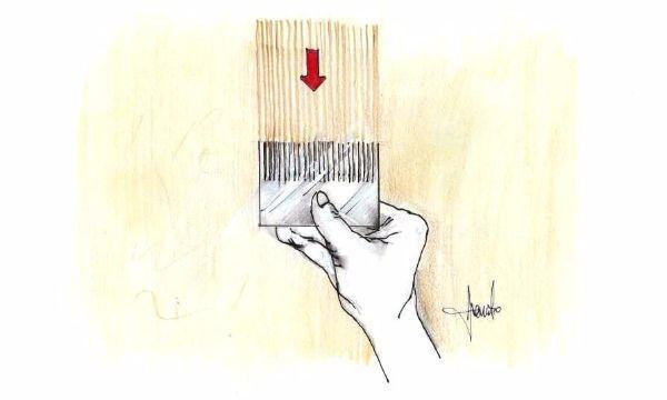 Pittura effetto legno fai da te, con il pettine