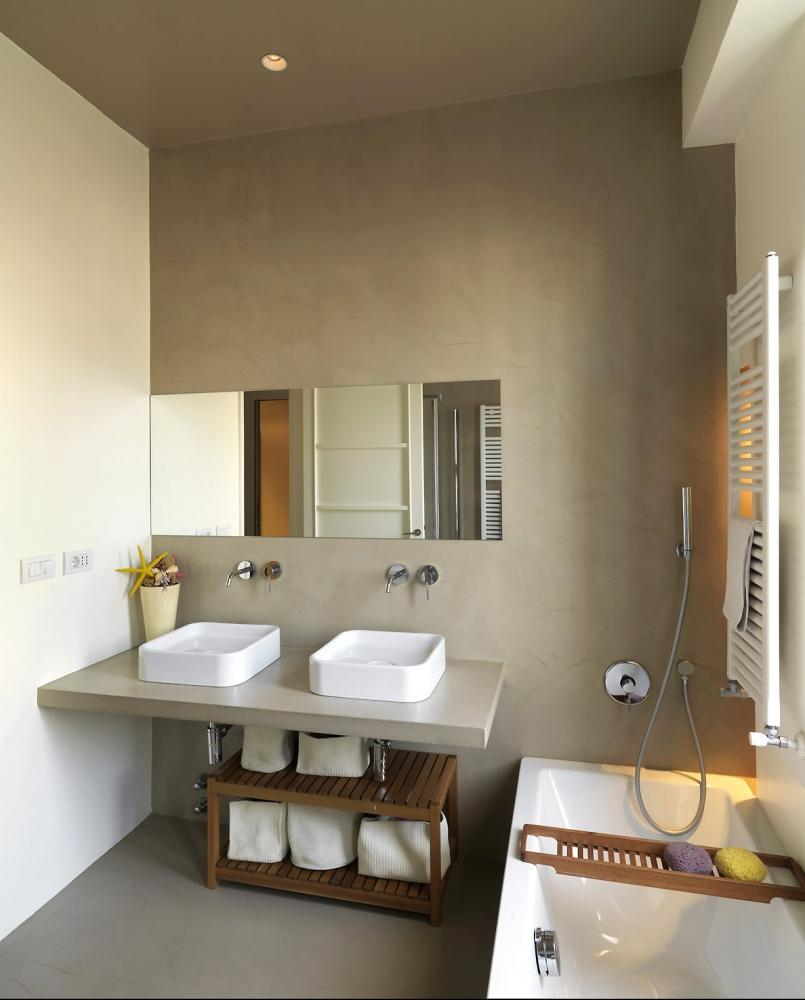 Foto cemento spatolato rivestimenti per pavimenti - Rivestimenti bagno in resina prezzi ...