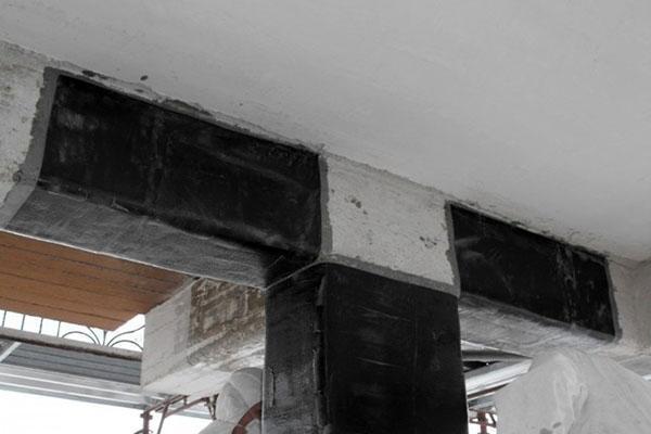 Facciate edifici: rinforzo nodale con fibre di carbonio