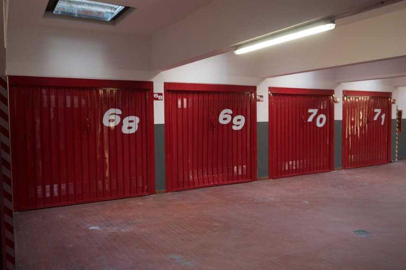 Officine Locati: realizzazione di serramenti di sicurezza per garage