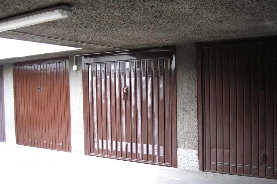 Basculante garage di Officine Locati
