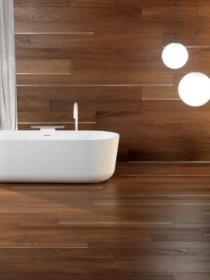 Parquet in bagno: linea Essential Teak di Berti
