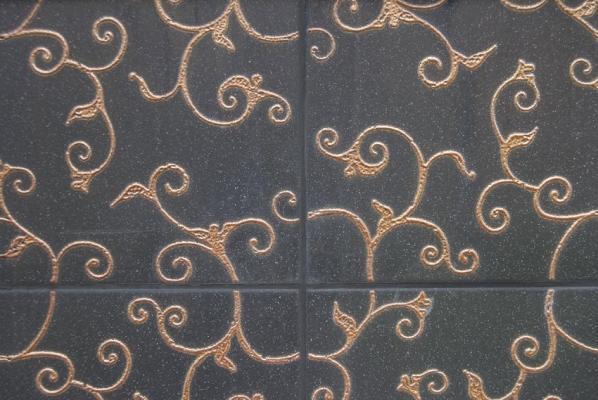 Particolare piastrelle bagno decorate