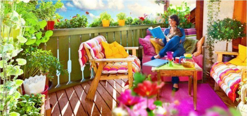 Arredare balcone con fiori da terrazzo di Claber