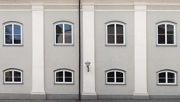 Manutenzione intonaci: facciata di un edificio