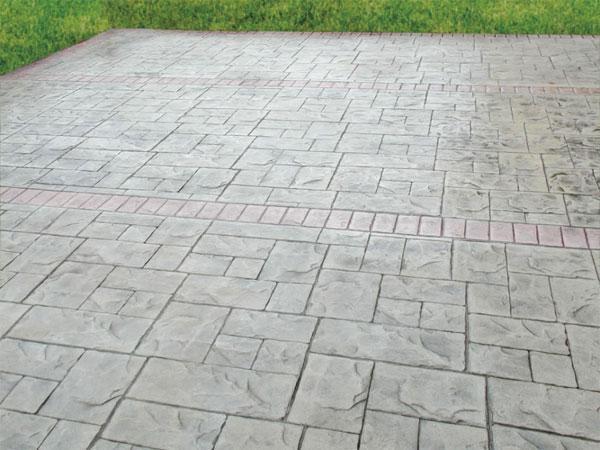 Cemento stampato per pavimentazioni esterne, by Isoplam srl