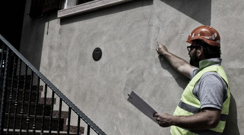 Risolvere il problema delle crepe intonaco sui muri con GEOSEC