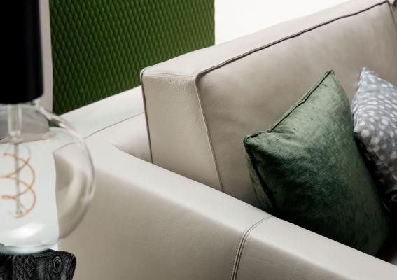 Schienale del divano in pelle pieno fiore modello Time break