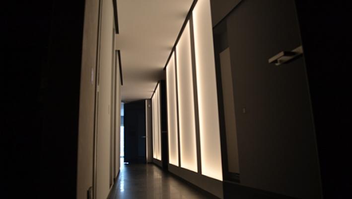 Pannelli luminosi - foto di Enkos srl impresa edile