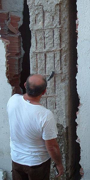 Pilastro degradato e armatura insufficiente non rendono una casa sicura