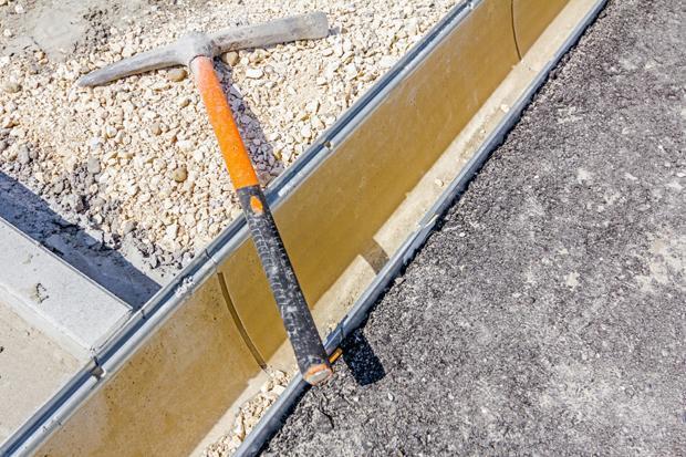 Canali di gronda e pluviali: canaletta per il deflusso delle acque