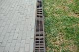 Canaletta per il deflusso delle acque piovane