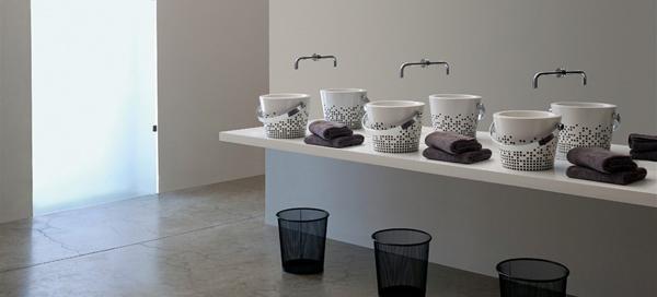 Mobili bagno: BUCKET di Scarabeo Ceramiche Srl