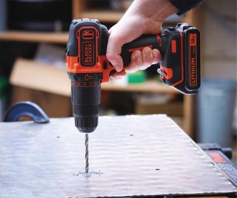 Trapano a percussione Black+Decker