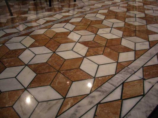 Pavimento in marmi policromi by Marmi ZEM