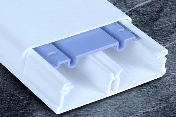 Minicanale impianto a vista Wado by Scame